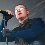 front242_1