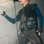 front242_2