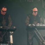 front242_3