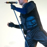 front242_4