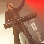 front242_7